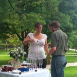 A flash wedding is a trendy, thrilling, and thrifty alternative to a formal marriage ceremony.