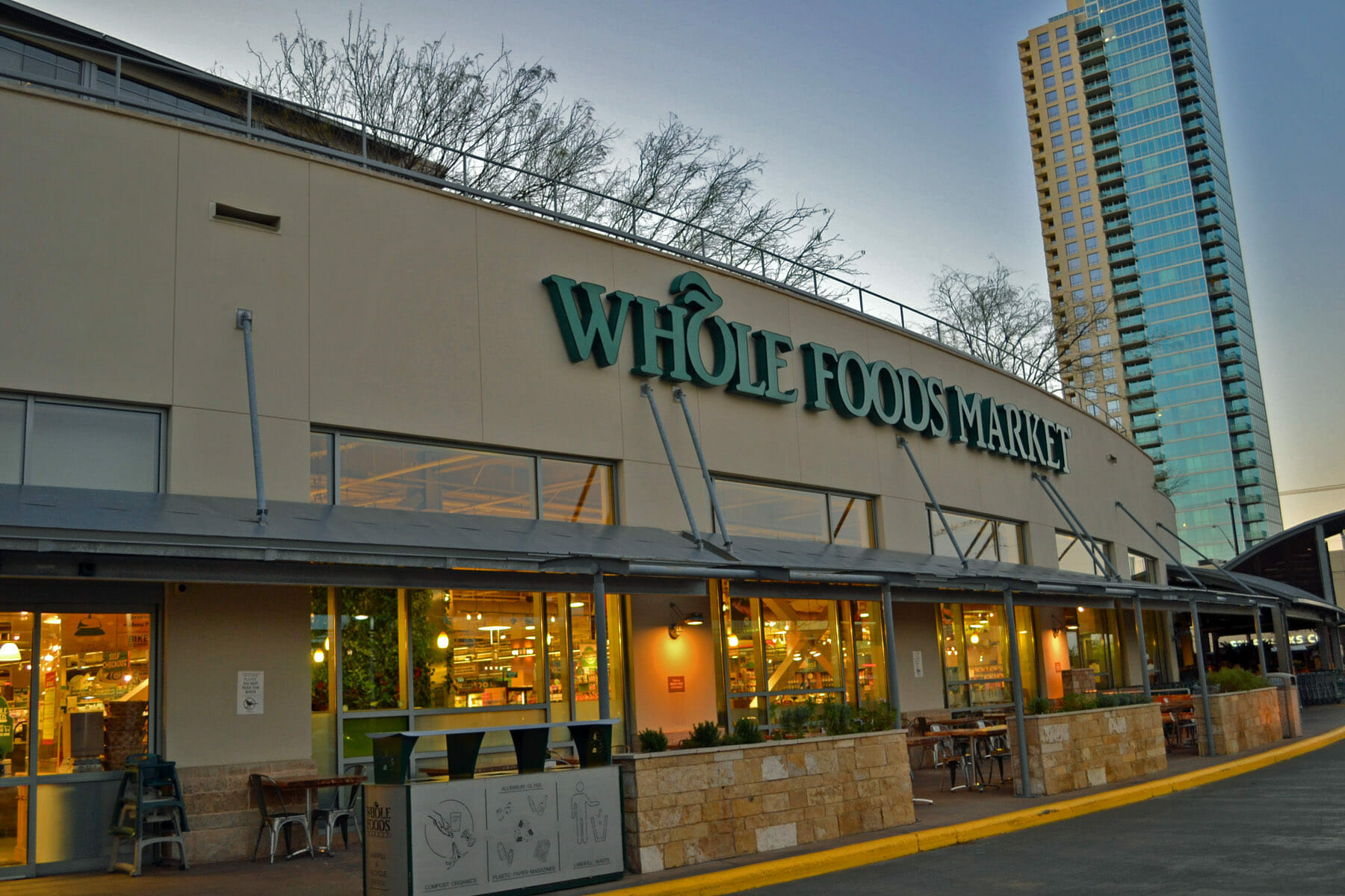 Whole Foods is a foodie's paradise, but their fresh high-quality groceries aren't cheap: here are some tips to shop at Whole Foods on a budget.