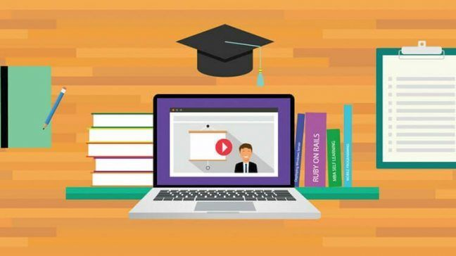 Why are online universities becoming more popular?
