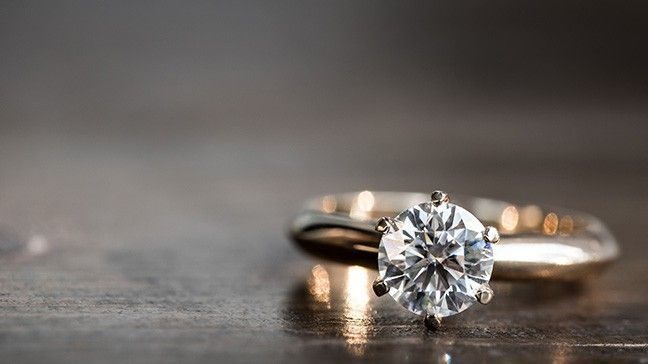 Engagement Rings: Lab-Grown Vs  Natural Diamonds - Money