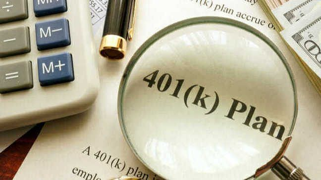 Roth 401(k)s Vs  Traditional 401(k)s-Which One Is Right For
