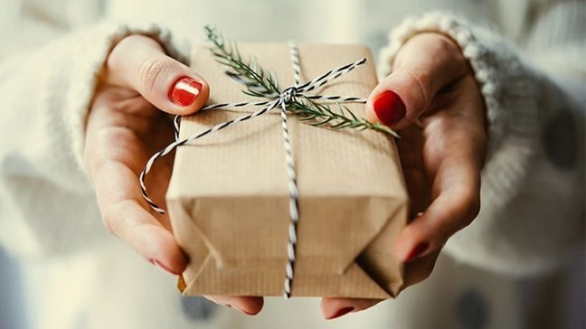 c6c7b6cb5 Cheap Gifts: 55 Inexpensive Christmas Gift Ideas For 2019