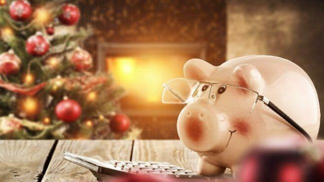Making Christmas.Christmas On A Budget 5 Tips For Making Your Holiday Affordable