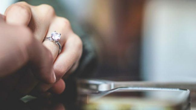 18be7721b67 James Allen Review: Buy A Diamond Ring Online On A Budget