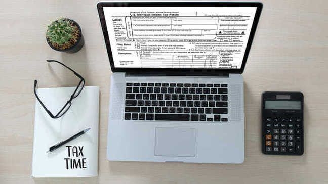 Your Tax Document Checklist The No Stress Guide To Filing Your Taxes Money Under 30