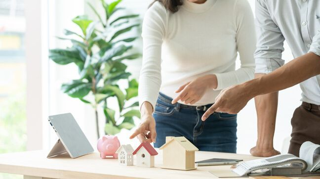 Why To Revisit Your Life Insurance And Will When Purchasing A Home - life insurance & home