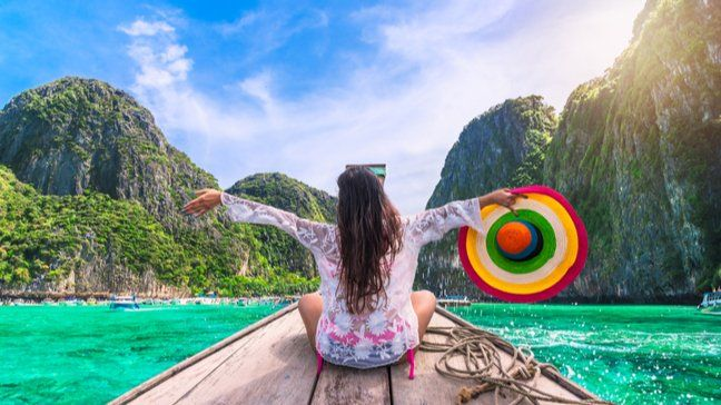 Travel The World For Less: How To Travel Overseas With $500 - How to spend just $500 once you've made it to your destination