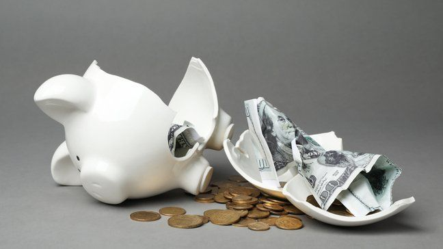 What To Do Now That Your $600 Federal Unemployment Benefit Has Dried Up - Tap into savings