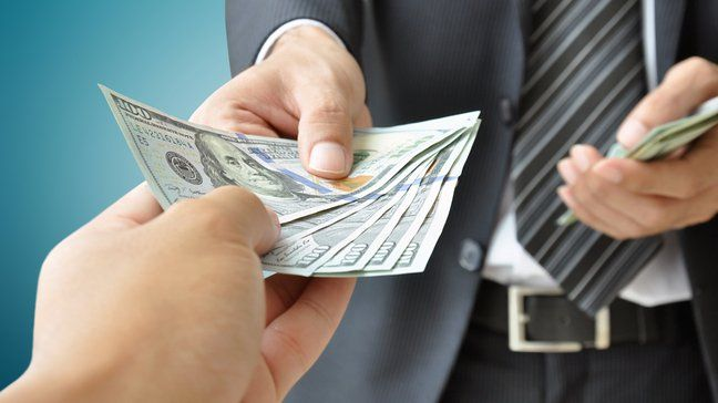 What To Do Now That Your $600 Federal Unemployment Benefit Has Dried Up - Take out a personal loan