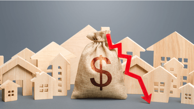 Will Record Low Interest Rates and High Home Prices In 2020 Affect Homeowner Insurance Premiums? - Free fall interest rates