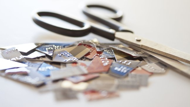 Straight Talk: Living Without A Credit Score is Possible – But Is It Wise? - Why Dave Ramsey wants you to eschew credit