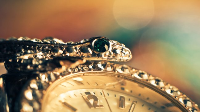 How To Sell Your Inherited Valuables - Process those complex emotions and decide if selling is right for you