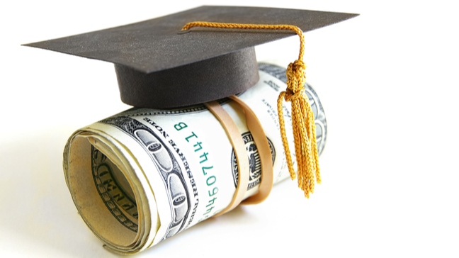 Qué debe hacer si está esperando que el presidente Biden le perdone la deuda de su préstamo estudiantil - No ignore la deuda estudiantil