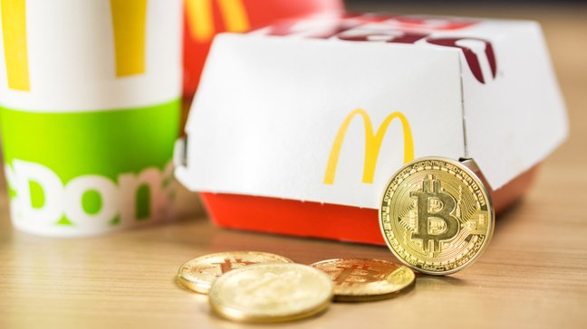 16 Surprising Things You Can Buy With Bitcoin - Fast food