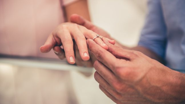 How Much Should You Spend On An Engagement Ring In 2021? - How much should you spend on an engagement ring